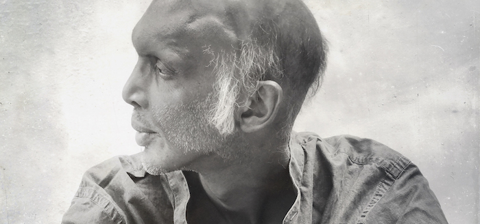 Dreams of Sleep and Wakes of Sound_Shahzad Ismaily_DZ©Scott Irvine_700x328px_Artikel